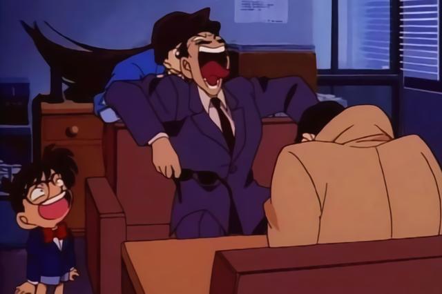 动漫角色为何许多都戴眼镜出场?柯南里这位大叔或许能让你明白