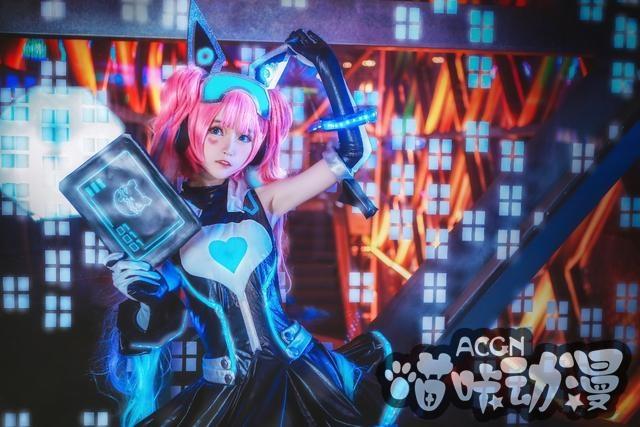 ACG最靓COS第7期,元气安琪拉美出新境界,少女黑客侵入你的心