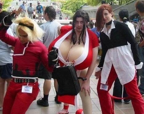 游戏动漫爆笑cosplay(多图)